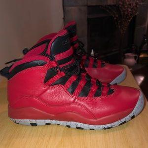 Jordan 10 5.5 boys or 7.5 women